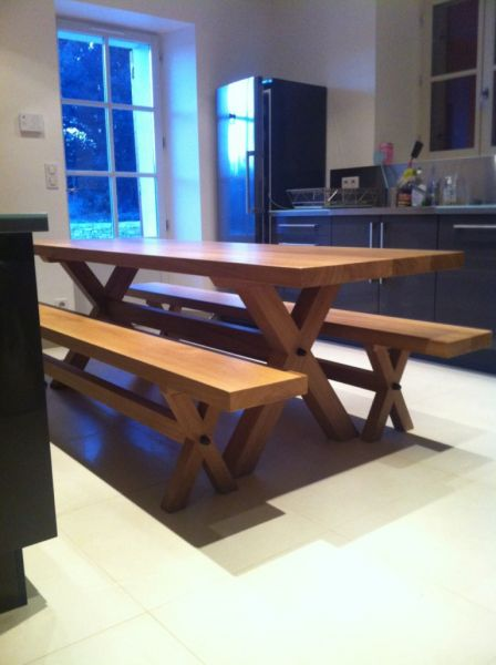 Fabrication sur mesure de table de salle manger a aix en for Fabrication d une table de salle a manger